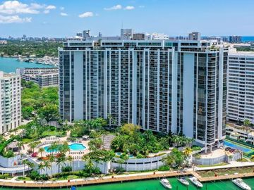 9 Island Ave #2210, Miami Beach, FL, 33139,