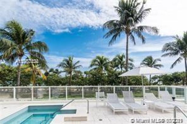 10185 Collins Ave #1014