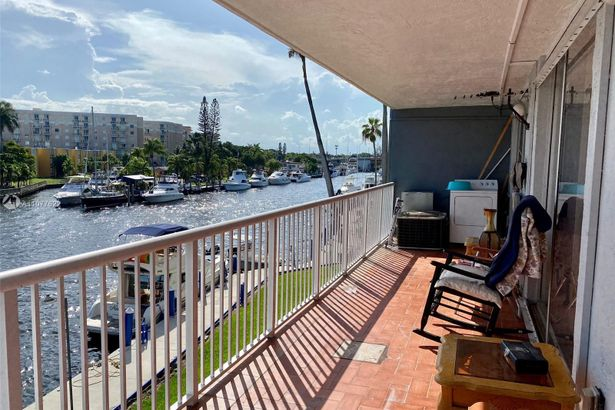 1800 NW 24th Ave #309