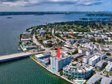 2016 Bay Dr #704, Miami Beach, FL, 33141,
