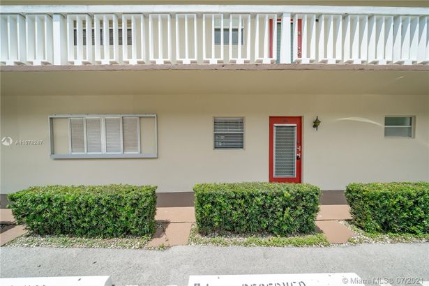 4441 NW 16th St #J105