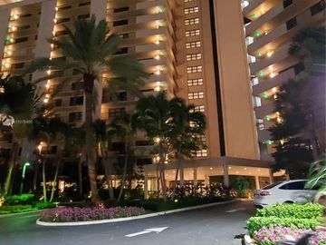 4900 N Ocean Blvd #312, Lauderdale By The Sea, FL, 33308,