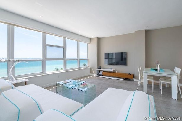 4925 Collins Ave #7B