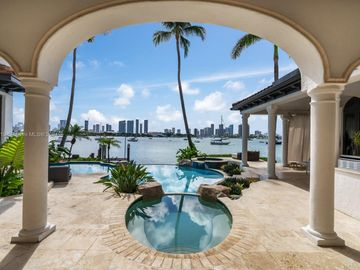 432 S Hibiscus Dr, Miami Beach, FL, 33139,