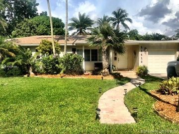 11412 NE 8 Ct, Biscayne Park, FL, 33161,