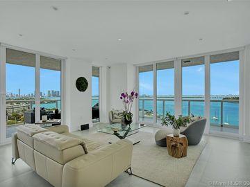 10 Venetian Way #1401, Miami Beach, FL, 33139,