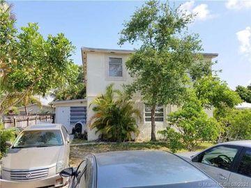 Undisclosed Address, Fort Lauderdale, FL, 33305,