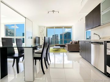 90 SW 3rd St #3803, Miami, FL, 33130,
