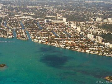2040 S Hibiscus Dr, North Miami, FL, 33181,