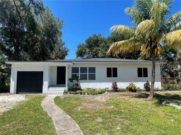 865 NE 138th St, North Miami, FL, 33161,
