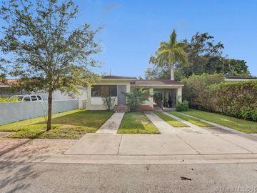 916 El Rado St, Coral Gables, FL, 33134,