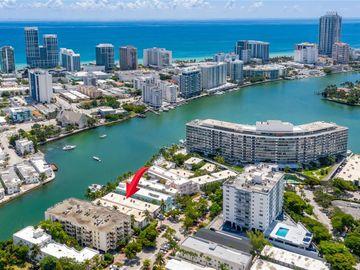 6905 Bay Dr #16, Miami Beach, FL, 33141,