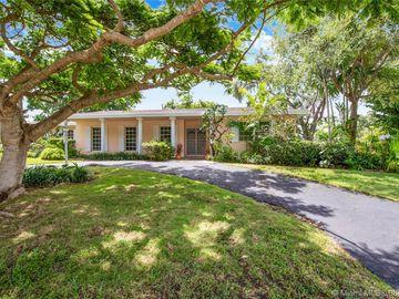 Undisclosed Address, Palmetto Bay, FL, 33157,