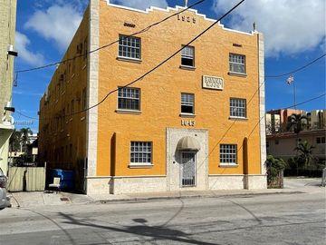 1043 NW 2nd St #9, Miami, FL, 33128,