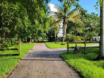 13470 Stirling Rd, Southwest Ranches, FL, 33330,