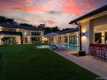 450 Como Ave, Coral Gables, FL, 33146,