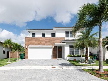 15137 SW 176th Ln, Miami, FL, 33187,