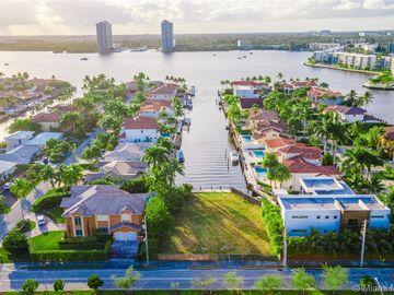 17050 NE 35th Ave, North Miami Beach, FL, 33160,