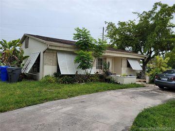 5601 Arthur St, Hollywood, FL, 33021,