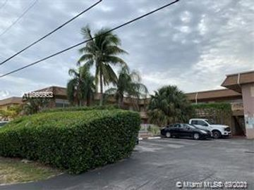 241 SE 9th Ave #106, Pompano Beach, FL, 33060,
