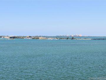 800 Claughton Island Dr #904, Miami, FL, 33131,
