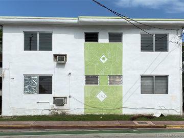 7721 Dickens Ave, Miami Beach, FL, 33141,