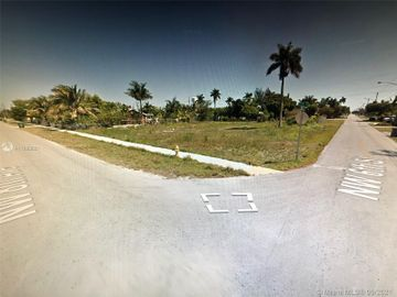 Undisclosed Address, Homestead, FL, 33030,