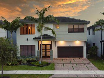 8842 NW 154th Ter, Miami Lakes, FL, 33018,
