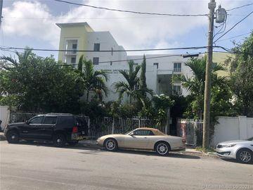 210 NW 16th St, Miami, FL, 33136,