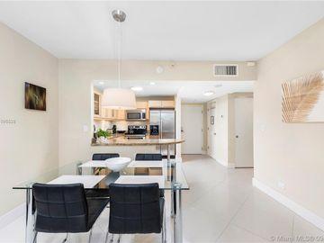 2301 Collins Ave #325, Miami Beach, FL, 33139,