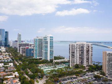 2333 Brickell Ave #1403, Miami, FL, 33129,
