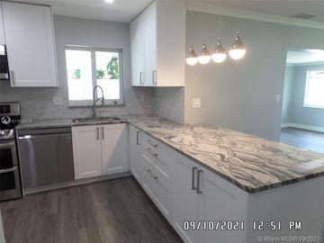 6860 Tyler St, Hollywood, FL, 33024,
