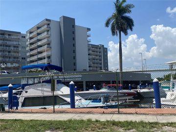 1800 NW 24 Ave #301, Miami, FL, 33125,