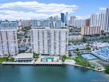 300 Bayview Dr #108, Sunny Isles Beach, FL, 33160,
