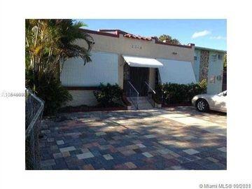 2145 SW 7th St, Miami, FL, 33135,