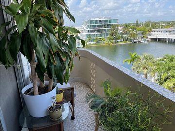 8400 Byron Ave #5E, Miami Beach, FL, 33141,