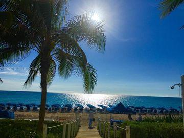 17201 Collins Ave #809, Sunny Isles Beach, FL, 33160,