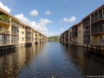 333 NW 17th Ct #105B, Fort Lauderdale, FL, 33311,