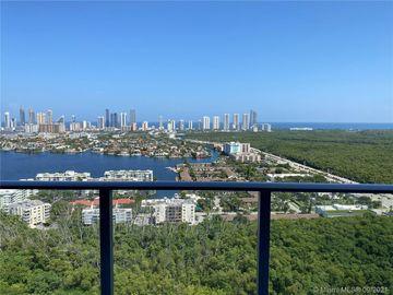 16385 Biscayne blv #3218, North Miami Beach, FL, 33160,