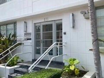 611 11th St #105, Miami Beach, FL, 33139,