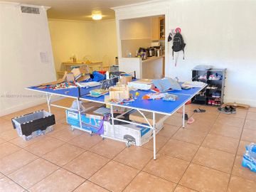 6902 N Kendall Dr #E105, Pinecrest, FL, 33156,