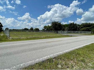 160 S Mayoral, Clewiston, FL, 33440,
