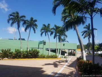 1800 NW 24 ave #519, Doral, FL, 33125,