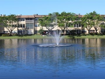 3530 NW 52nd Ave #512, Lauderdale Lakes, FL, 33319,