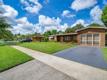4011 NW 39th Ave, Lauderdale Lakes, FL, 33309,