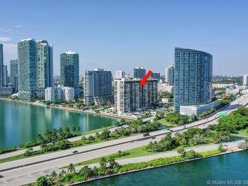 600 NE 36th St #211, Miami, FL, 33137,