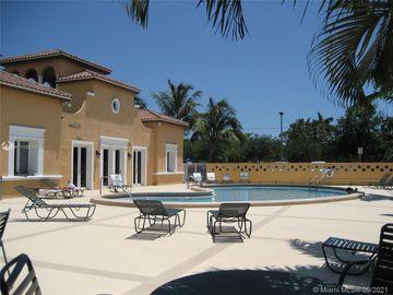 6709 N Kendall Dr #212, Pinecrest, FL, 33156,