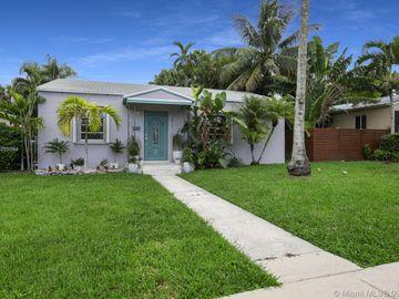 3911 SW 58th CT, Miami, FL, 33155,