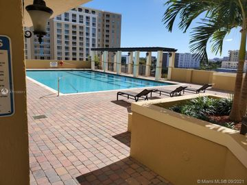 4242 NW 2nd St #815, Miami, FL, 33126,