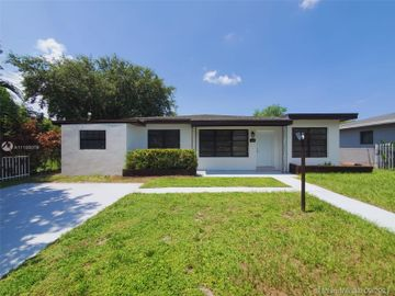 1321 NE 160th St, North Miami Beach, FL, 33162,